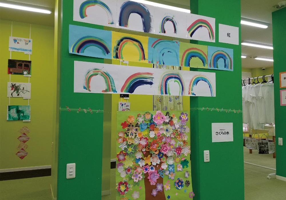 子供たちの作品の数々を展示いたしました♪@間々田店・画像