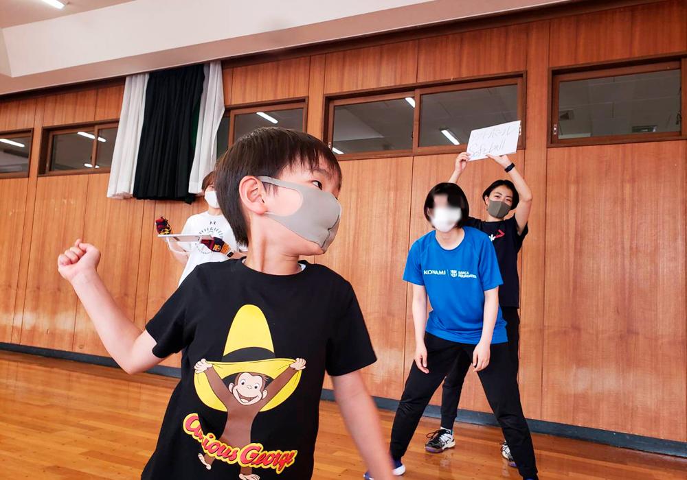 みんなで決めよう!子ども達の野心で実現する、バルサFUTBOLNETプログラム@新下栗店・画像